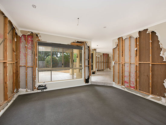 12_raintrees_court_buderim_inside1