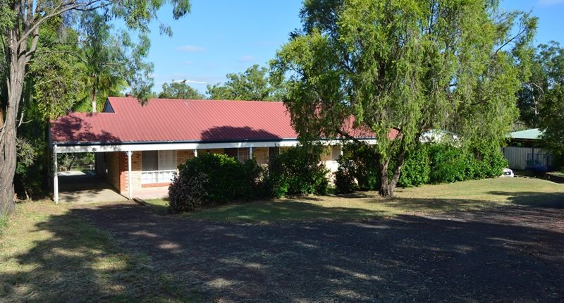 Beautiful Family Home set on 1Acre